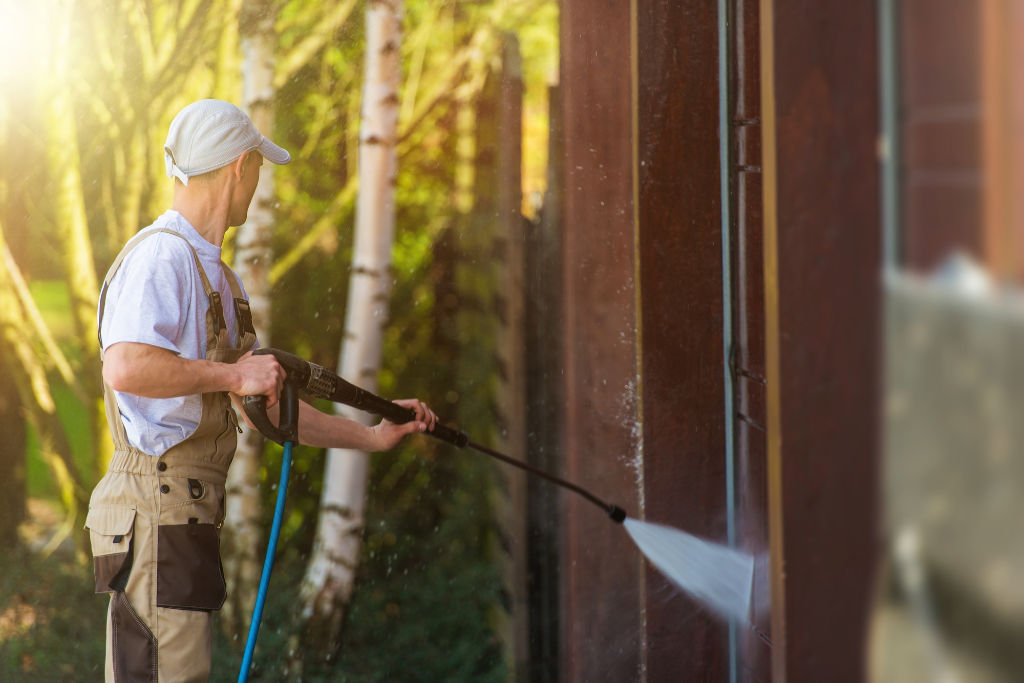 what is the difference between power washing and pressure washing